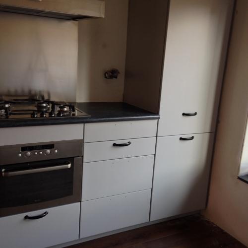 Oude Keuken Nieuwe Deurtjes : Klus in Putten, Keuken renovatie.